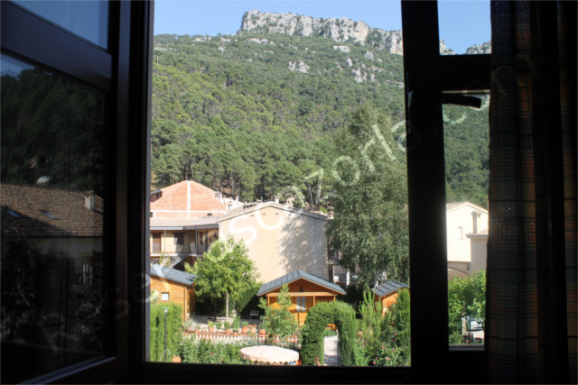 Apartamentos Arroyo Frio y Casas de Madera